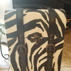 Handbags - Zebra Wine Transport Hard Case